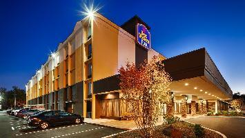 Hotel Best Western Plus West I-64