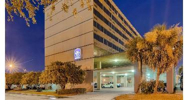 Best Western Plus Landmark Hotel & Suites