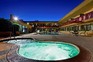 Hotel Best Western Royal Sun Inn & Suites
