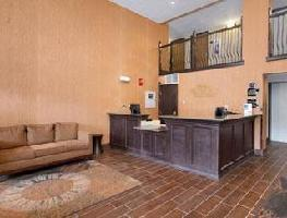 Hotel Baymont Inn & Suites Branson - On The Strip