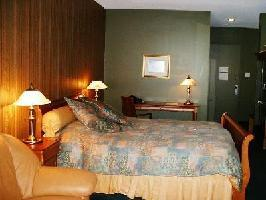 Hotel Auberge Des 21 - Intermediate 1 Double Bed + 1 Queen Bed (fjord View)