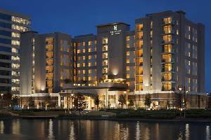 Hotel Embassy Suites By Hilton The Woodlands At Hughes Landing