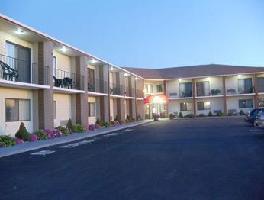 Hotel Ambassador Inn & Suites