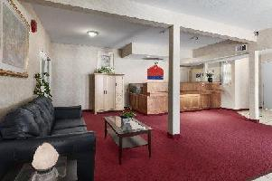 Hotel Ramada Limited 100 Mile House - Room With Kitchen Cb