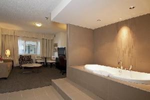 Coast Kamloops Hotel & CC - Comfort