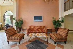 College Park Hotel & Suites