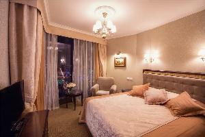 Vysotsky Hotel