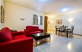St Blubay Hotel & Apartments