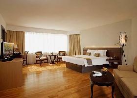 Centara Hotel & Convention Centre