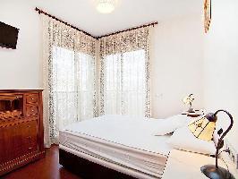 136221) Apartamento En Barcelona Con Aire Acondicionado, Ascensor, Aparcamiento, Balcón
