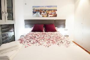 456975) Apartamento A 419 M Del Centro De Barcelona Con Aire Acondicionado, Ascensor, Aparcamiento,