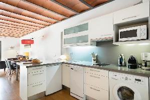 554614) Apartamento En El Centro De Barcelona Con Aire Acondicionado, Ascensor, Terraza, Lavadora