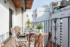 554615) Apartamento En El Centro De Barcelona Con Aire Acondicionado, Ascensor, Terraza, Lavadora