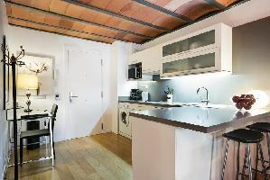 554622) Apartamento En El Centro De Barcelona Con Aire Acondicionado, Ascensor, Lavadora