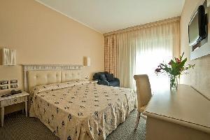 Hotel Cta Altalia