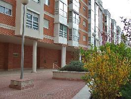 103975) Apartamento En Madrid Con Internet, Aire Acondicionado, Ascensor, Jardín