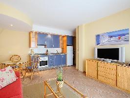 104053) Apartamento A 53 M Del Centro De Almuñécar Con Internet, Aparcamiento, Terraza, Lavadora