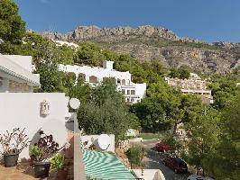 334531) Apartamento En Altea Con Piscina, Aire Acondicionado, Terraza, Jardín