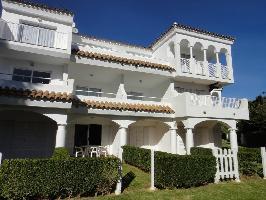 348108) Apartamento En El Centro De Alcossebre Con Aparcamiento, Terraza, Jardín