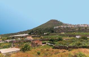 285225) Casa En Arucas Con Jardín, Lavadora