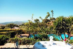 53765) Cortijo En Antequera Con Piscina, Terraza, Jardín
