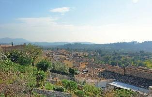 205929) Casa En El Centro De Caimari Con Aire Acondicionado, Terraza, Lavadora