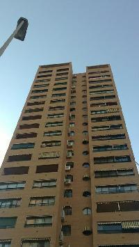504137) Apartamento A 115 M Del Centro De Benidorm Con Ascensor, Terraza, Lavadora