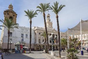 528281) Apartamento En El Centro De Cádiz Con Ascensor, Lavadora