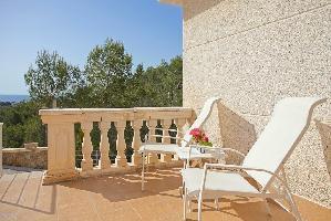 551505) Villa En Calvià Con Aparcamiento, Terraza, Jardín, Lavadora