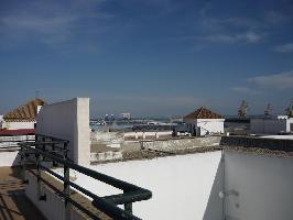 637300) Apartamento En El Centro De Cádiz Con Ascensor, Terraza, Lavadora