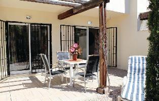 290961) Casa A 1.1 Km Del Centro De Ciudad Quesada Con Piscina, Aire Acondicionado, Jardín, Lavadora
