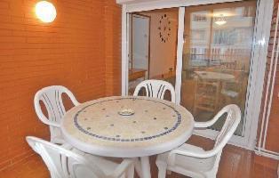 302771) Apartamento En El Centro De Calella Con Ascensor, Jardín, Lavadora