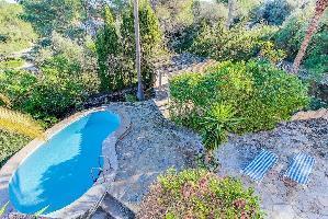 643430) Villa En El Centro De Cala Murada Con Aparcamiento, Terraza, Jardín, Lavadora