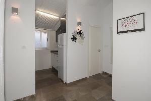 341200) Apartamento En El Centro De Granada Con Internet, Aire Acondicionado, Ascensor, Aparcamiento