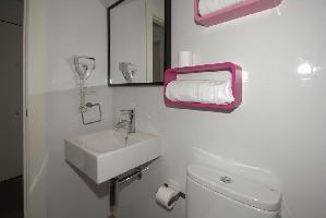 341201) Apartamento En El Centro De Granada Con Internet, Aire Acondicionado, Ascensor, Aparcamiento