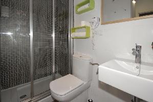 341202) Apartamento En El Centro De Granada Con Internet, Aire Acondicionado, Ascensor, Aparcamiento