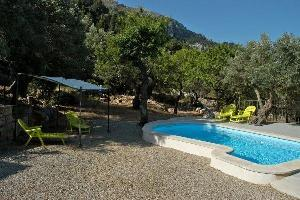 200947) Casa En Estellencs Con Internet, Piscina, Aire Acondicionado, Jardín