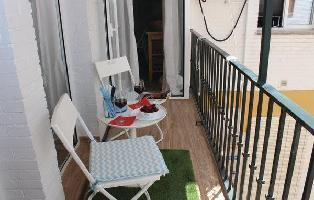 504390) Apartamento A 178 M Del Centro De Sevilla Con Internet, Aire Acondicionado, Lavadora