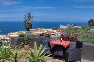 54293) Apartamento En Icod De Los Vinos Con Terraza, Jardín, Balcón, Lavadora