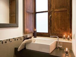 453507) Apartamento En El Centro De Medina-sidonia Con Piscina, Aire Acondicionado, Terraza, Lavador