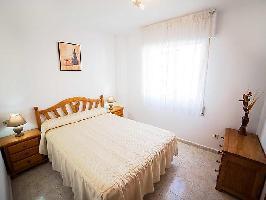106449) Apartamento En El Centro De Torrevieja Con Internet, Ascensor, Aparcamiento, Terraza