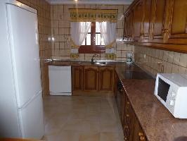 125547) Casa A 28 M Del Centro De Nerja Con Internet, Aire Acondicionado, Aparcamiento, Lavadora