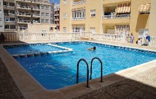 150283) Apartamento En El Centro De Torrevieja Con Internet, Piscina, Aire Acondicionado, Ascensor