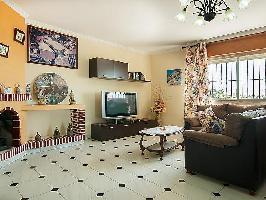 104075) Casa A 960 M Del Centro De Nerja Con Internet, Aparcamiento, Terraza, Jardín