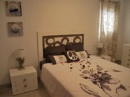522795) Apartamento En El Centro De Nerja Con Internet, Aire Acondicionado, Ascensor, Terraza