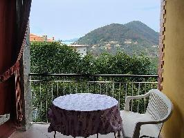 116713) Apartamento A 557 M Del Centro De Chiavari Con Aparcamiento, Terraza