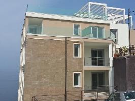 537349) Apartamento En Castelsardo Con Aparcamiento, Balcón, Lavadora