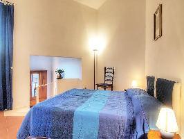 117903) Apartamento En Poggibonsi Con Aparcamiento, Jardín, Lavadora