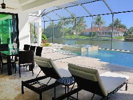 251723) Casa En Cabo Coral Con Internet, Aire Acondicionado, Aparcamiento, Terraza