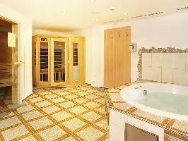 30933) Apartamento En El Centro De Bad Gastein Con Ascensor, Aparcamiento, Terraza, Jardín